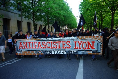 Impunité fasciste à Lyon : local de la CNT attaqué!